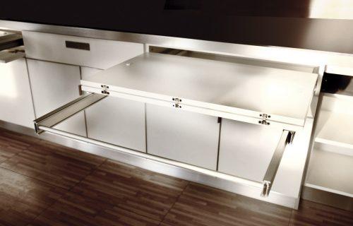 table-dans-la-cuisine.4_f