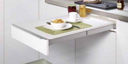 table-dans-la-cuisine_f